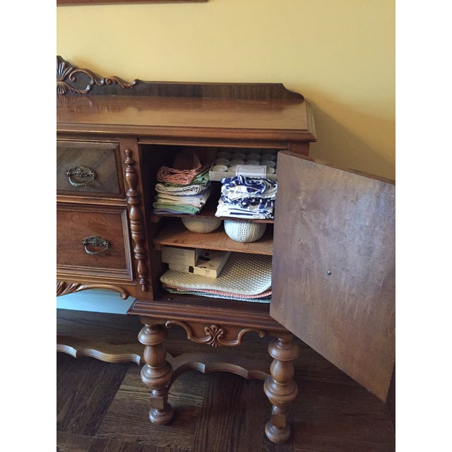 Traditional Mahogany Stained Hardwood Buffet - Image 5 of 5