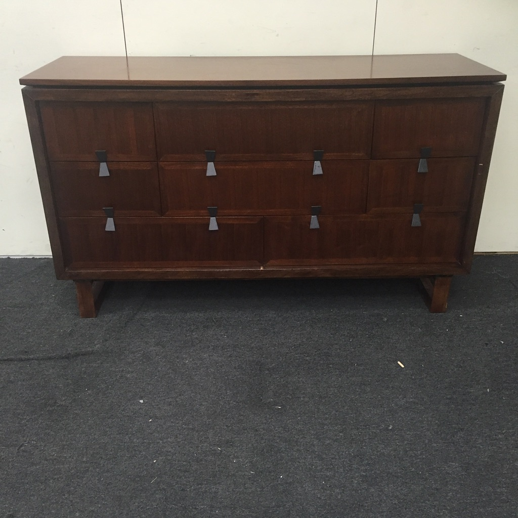 Perfect Eight Drawer Dresser, Zocalo Elevation Collection   Image 2 Of 6