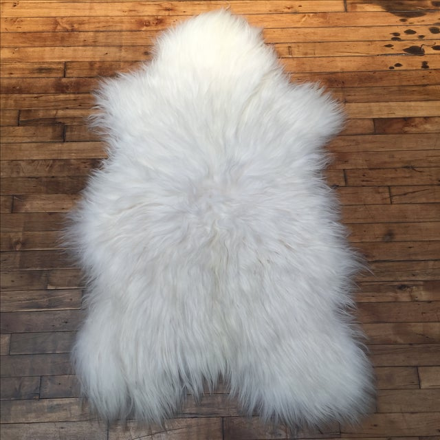 Icelandic Sheepskin Throw - 2′8″ × 4′4″ - Image 2 of 4