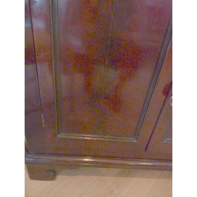 Antique English Mahogany Corner Cabinet, Ca. 1800 - Image 8 of 8