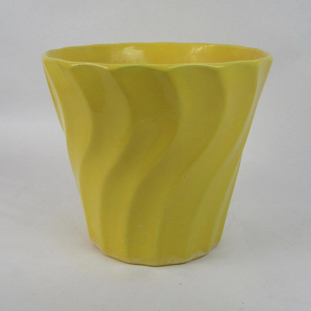 Image of Vintage Yellow Bauer Swirl Flower Pot Size 8