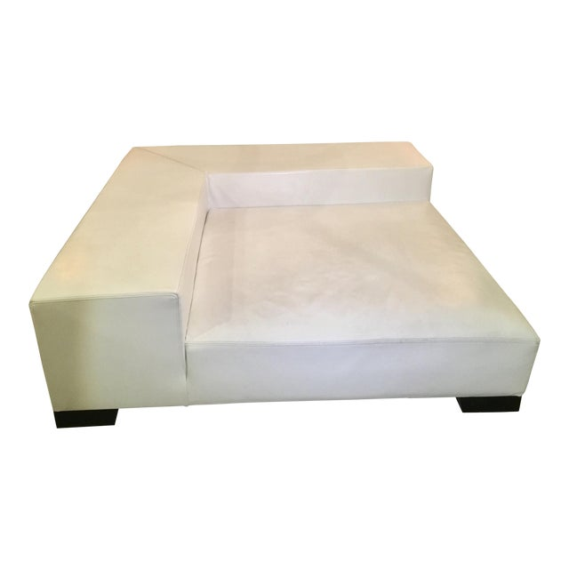 Modern White Leather Minimal Square Sofa - Image 4 of 10