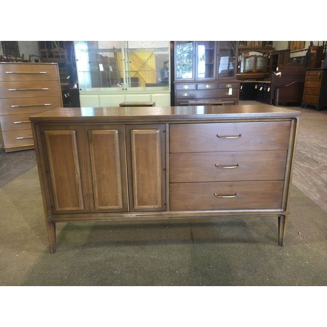 Mid Century Broyhill Premier Credenza Buffet - Image 10 of 10