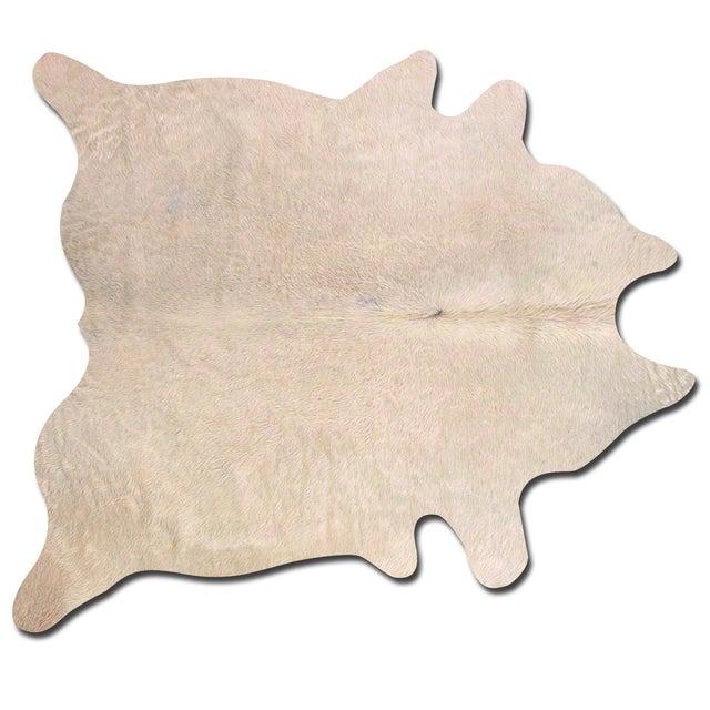 Image of Natural Cowhide Rug - 6' X 7'