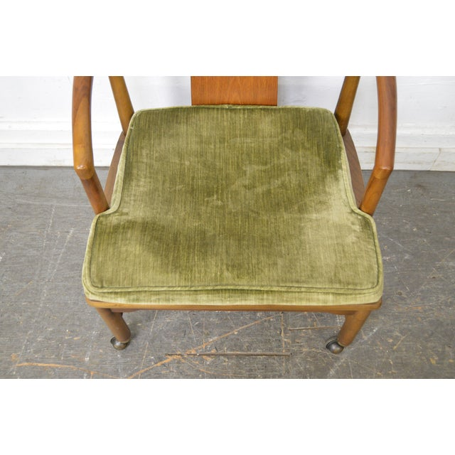 Edward Wormley Dunbar Style Mid-Century Barrel Back Chairs - A Pair - Image 10 of 11