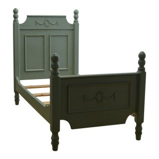 "Neoclassical Aqua Painted Wreath Applique ""Carolina"" Bed"