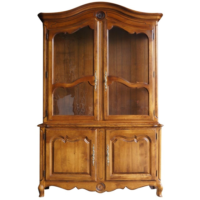 Ethan Allen French Country China Cabinet - Image 1 of 8