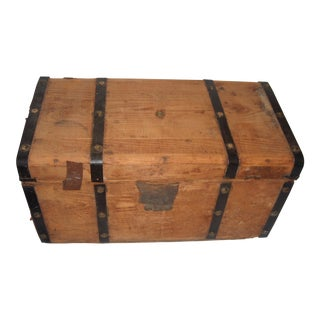Victorian Wood Trunk