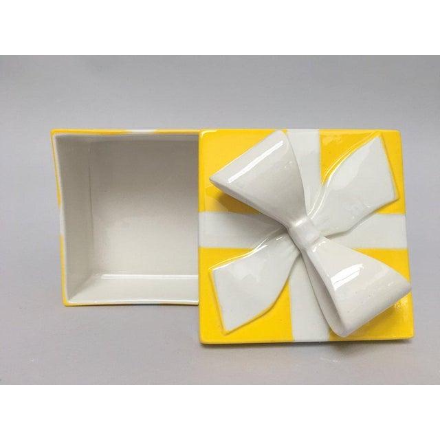 Mancioli Italy Yellow Porcelain Covered Gift Box - Image 9 of 11