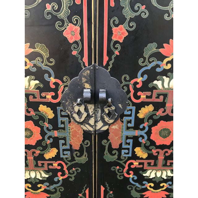 Hand Painted Chinoiserie Cabinet - Image 4 of 10