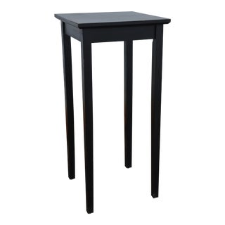 Simple Shaker Style Side Table