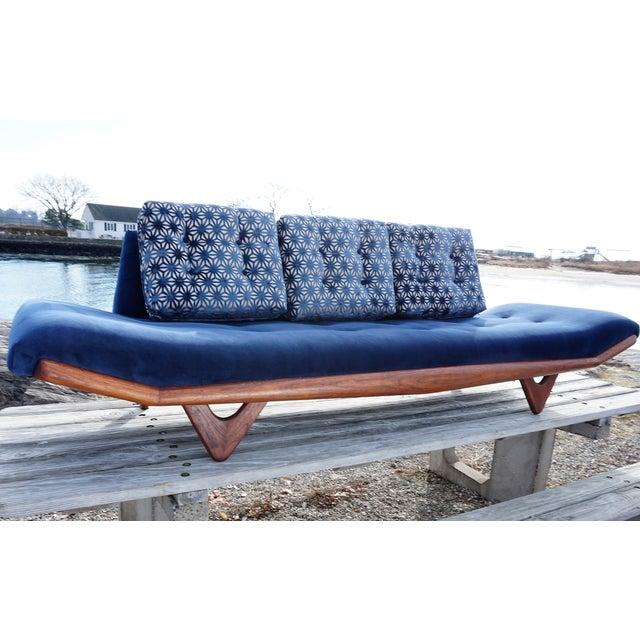 Mid-Century Modern Adrian Pearsall Gondola Sofa - Image 4 of 9