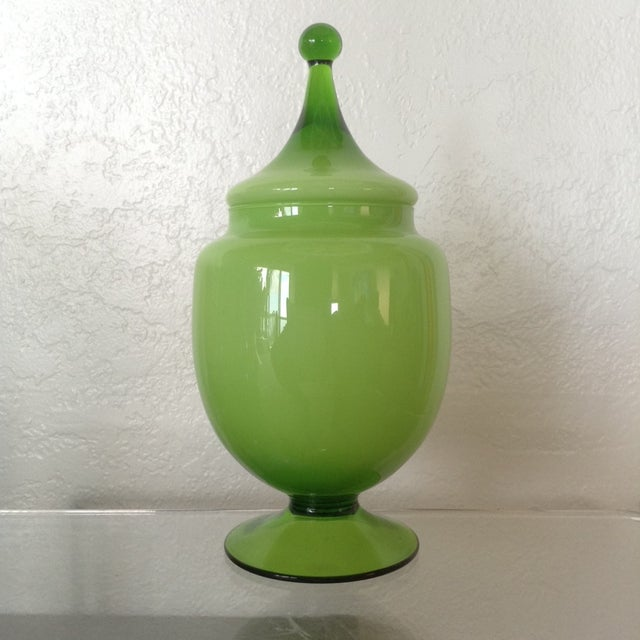 Chartreuse Oval Bonbonniere - Image 2 of 3