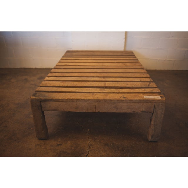 French Wood Coffee Table: French Wooden Pallet Coffee Table