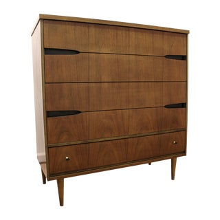 Bassett Mid-Century Walnut Pencil Legs Chest