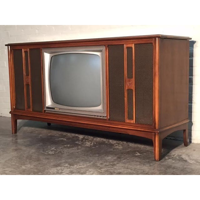 Mid-Century Television Stereo Console - Image 4 of 10