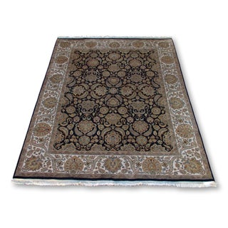 Indian Wool Geometric Floral Design Rug - 8' X 10'
