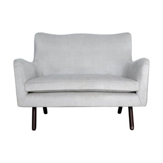 Contemporary Mod Style Settee in Dove Grey