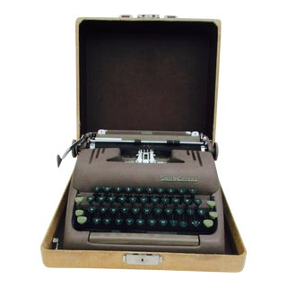 Vintage Smith Corona Silent Typewriter With Hard Case