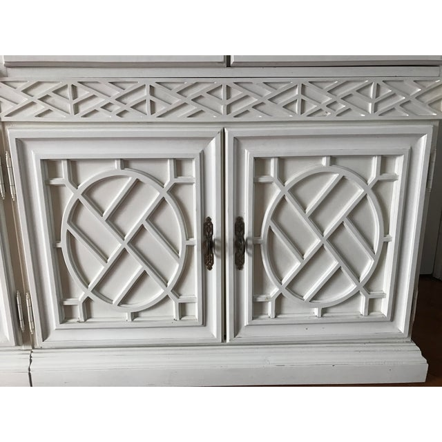 Vintage Chinese Chippendale Chinoiserie 5 Piece Fretwork Mirrored Cabinet - Image 5 of 8