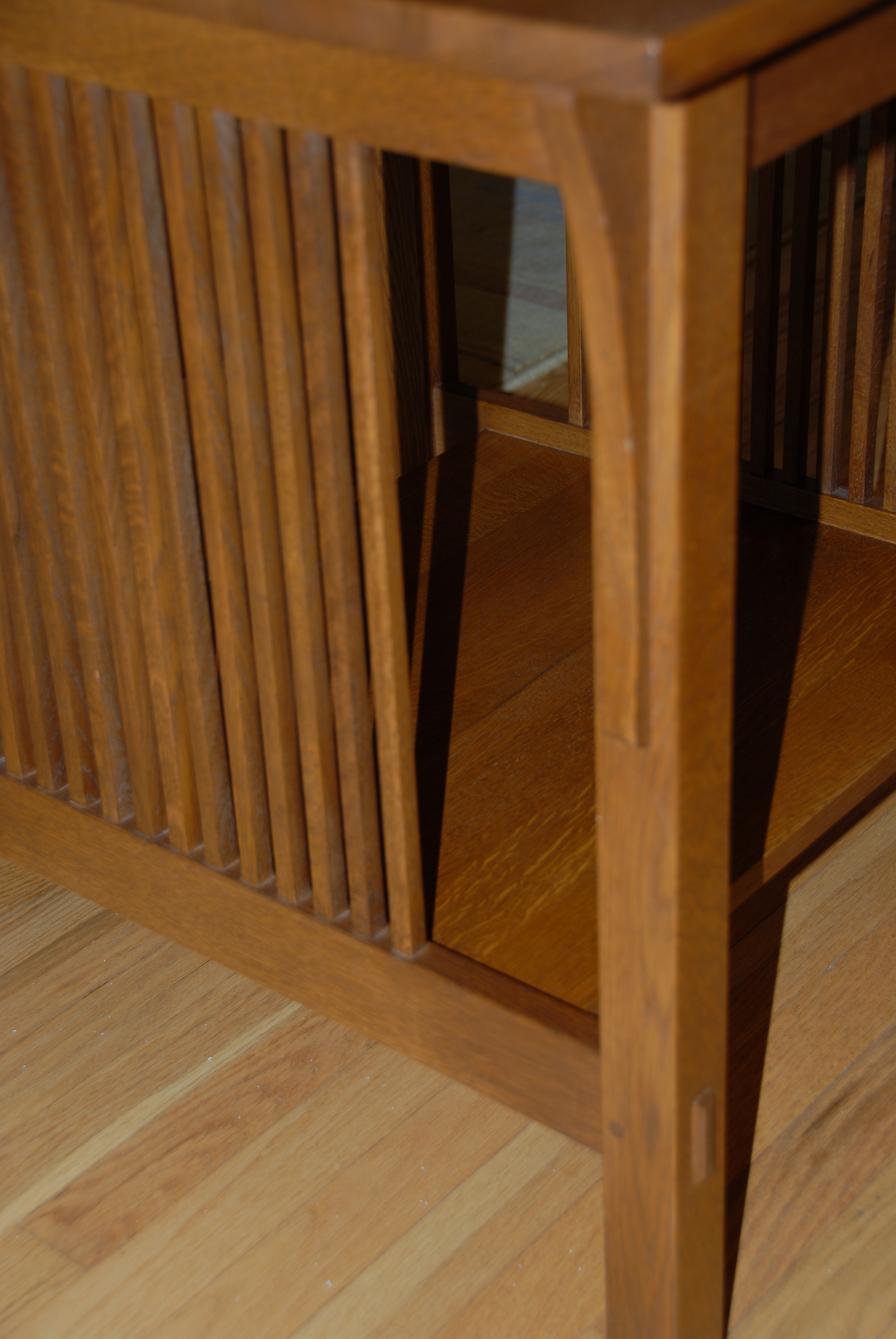 Stickley Mission Side Table   Image 4 Of 5