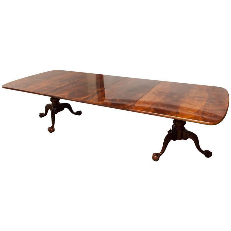 Henredon Georgian Two Pedestal Mahogany Dining Table  : 2e63d9c7 5081 41a7 95e3 fb16fb51148daspectfitampwidth640ampheight640 from www.chairish.com size 640 x 640 jpeg 19kB