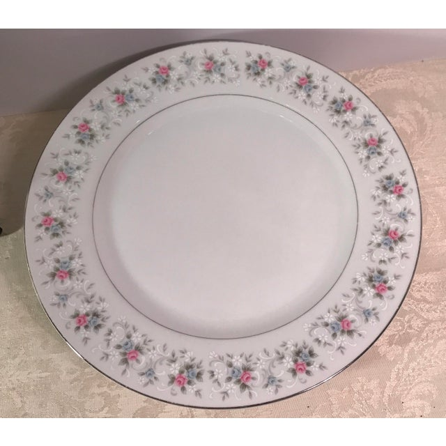 "Japanese China ""Corsage"" Dinner Plates - Set of 7 - Image 4 of 6"