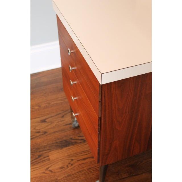 Vintage Rosewood 5-Drawer Cabinet on Casters - Image 7 of 9