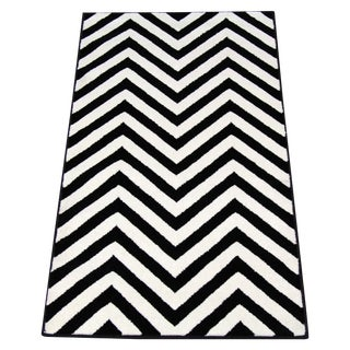 Black & White Chevron Rug - 2′9″ × 5′