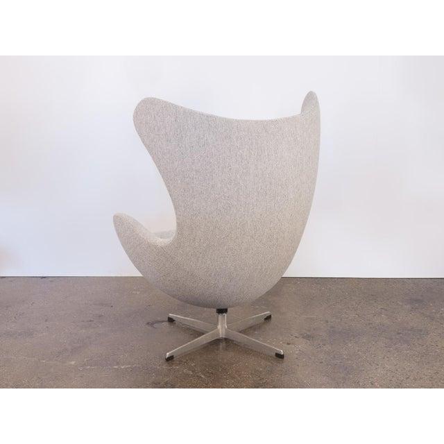 Arne Jacobsen Egg Chair and Ottoman - Image 6 of 11