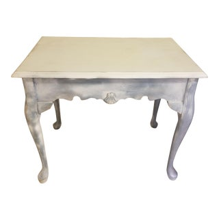 Vintage French Country Distressed Queen Anne Side Table