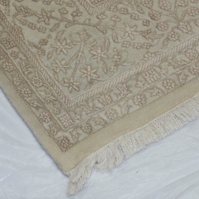 "Image of Indian Chelsea Carpet - 7'9"" x 10'"
