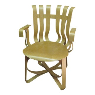 Designer Frank Gehry 1992 Knoll Bentwood Hat Trick Chair
