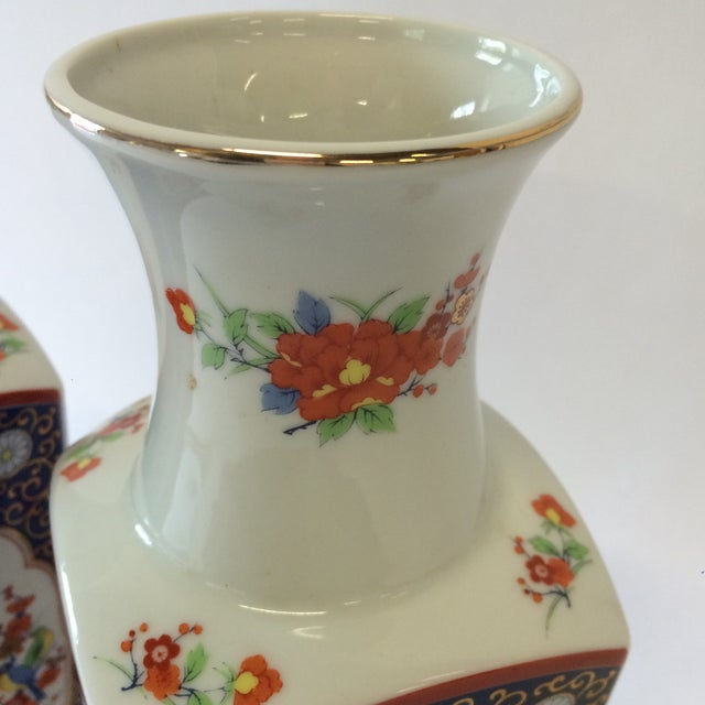 Chinoiserie Style Square Vases - A Pair - Image 5 of 10