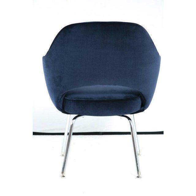 Saarinen Executive Armchair, Navy Velvet - Image 5 of 8