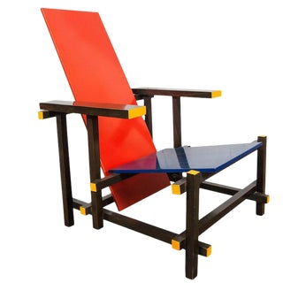 Gerrit Rietveld Red Blue Chair by Cassina