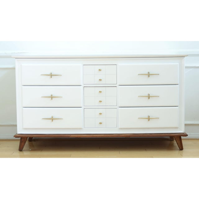 vintage mid century modern white lacquer dresser chairish. Black Bedroom Furniture Sets. Home Design Ideas