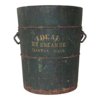 Primitive Americana Wooden Bucket