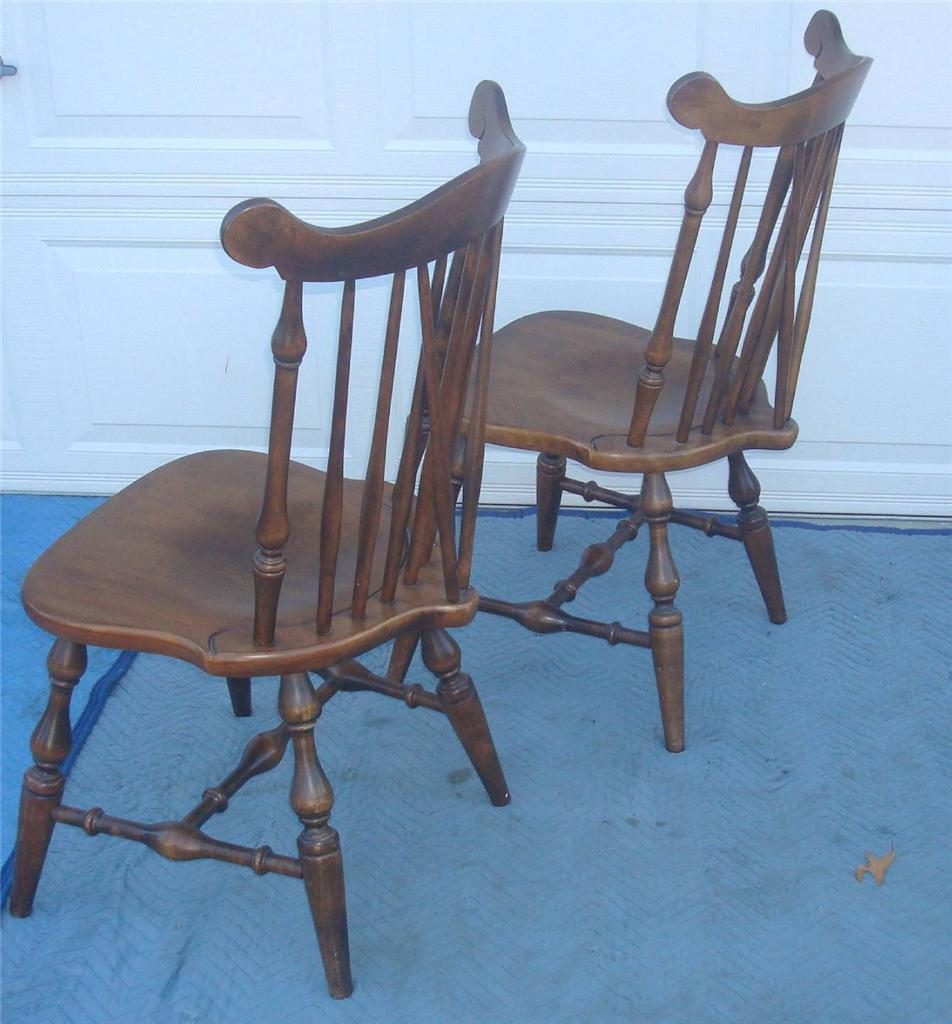 Early American Dining Room Furniture: Early American Temple Stuart Windsor Chairs - Set Of 6