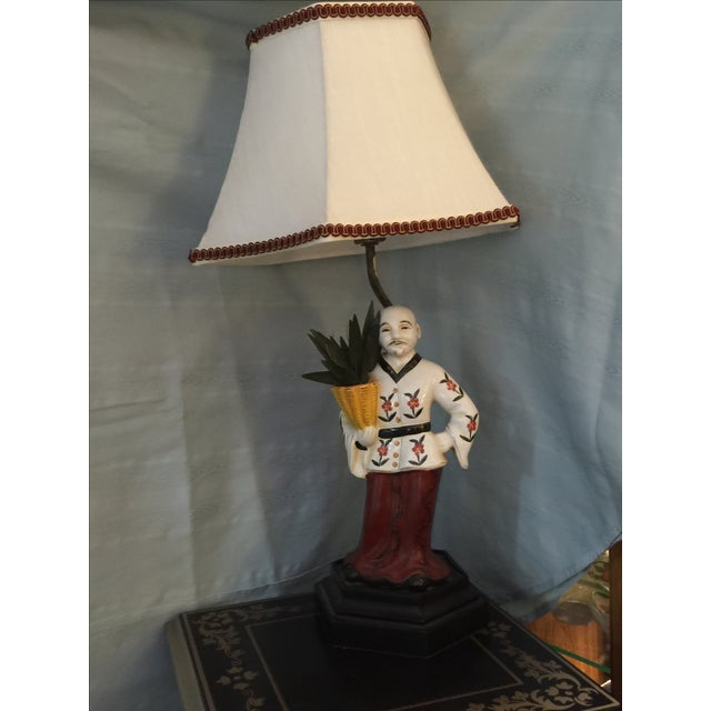 Chinoiserie Porcelain Figure Lamp - Image 2 of 4