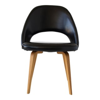 Eero Saarinen for Knoll Executive / Dining Chair