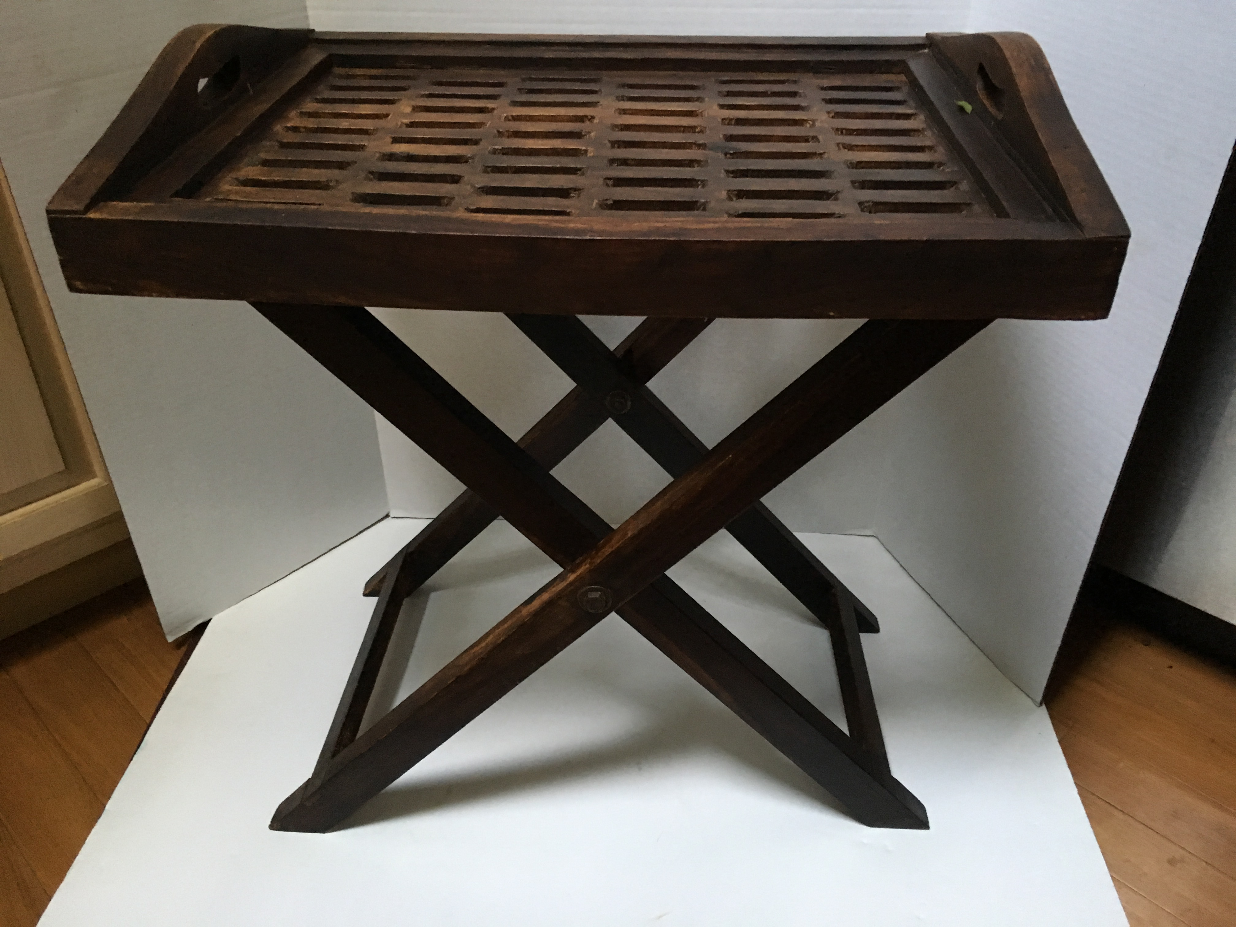 Solid Wood Serving Tray Table   Image 3 Of 11