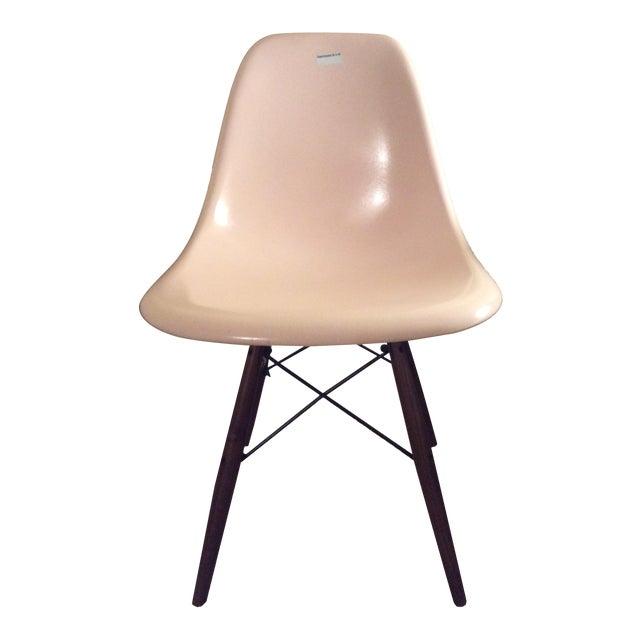 eames fiberglass shell chair chairish. Black Bedroom Furniture Sets. Home Design Ideas