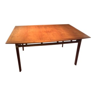 Mid-Century Modern 2 Leaf Dining Table
