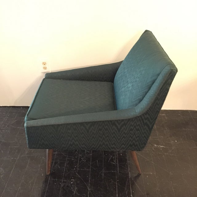 Image of Mid-Century Modern Lounge Chair