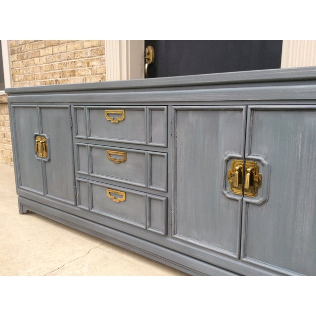 Vintage Thomasville Grey Distressed Asian Credenza - Image 4 of 8
