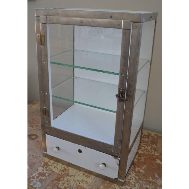 Barber Shop Cabinet With Glass Sides & Shelves - Image 2 of 10