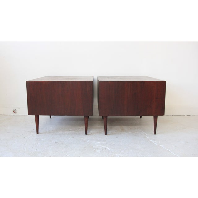 Vintage Mid Century Modern End Tables - Pair - Image 4 of 7