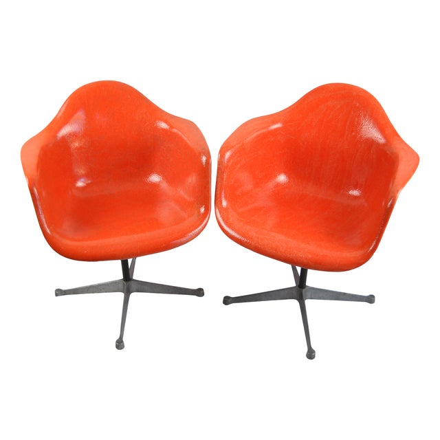 Herman miller eames bucket swivel chairs a pair chairish - Herman miller bucket chair ...