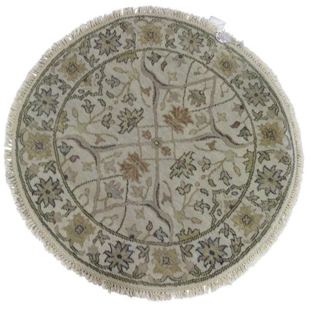 Rugs Made In India For Sale: Indian Round Wool Rug - 3′ × 3′